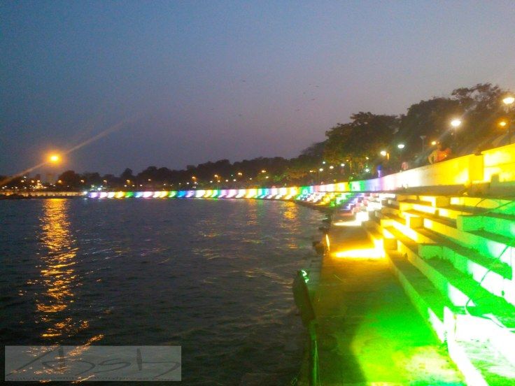 Kankaria River front in the evening