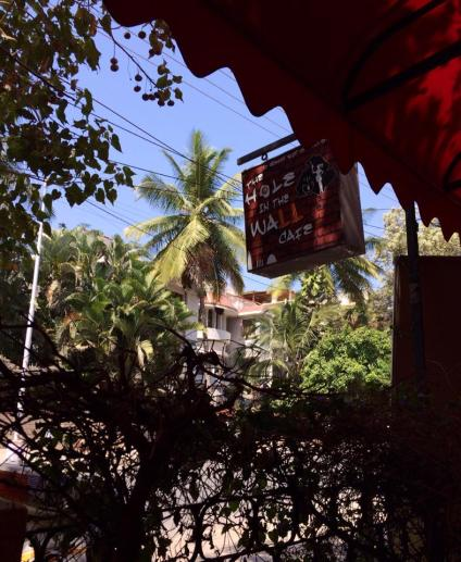 hole-in-the-wall-cafe-bangalore
