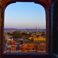 Exploring Jaipur – A Photo Journey to the City of Pink, Doors and Ruins