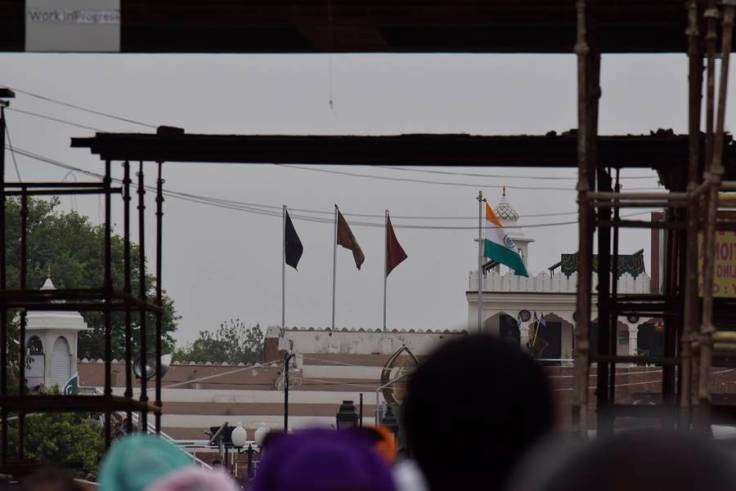 Wagah India pakistan flag
