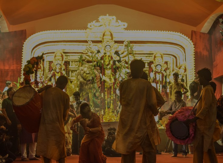 Dhunuchi Dance durga Puja