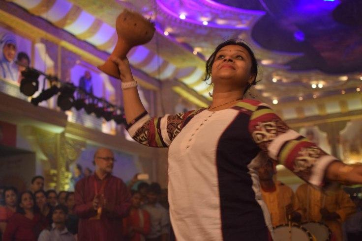 Dhanuchi dance Chittaranjan Park Durga Puja
