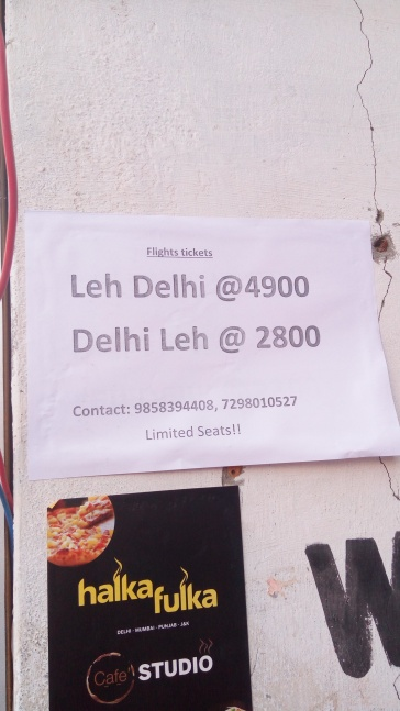 Flight ticket discounts leh manali